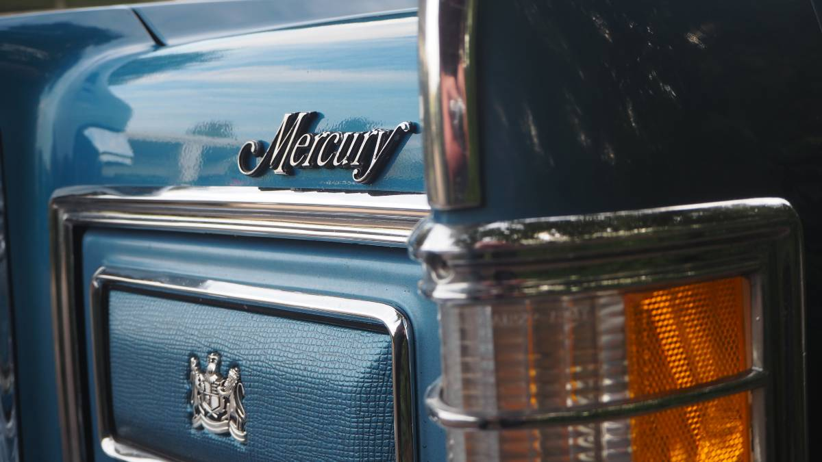 1975 Marquis detail close up left side